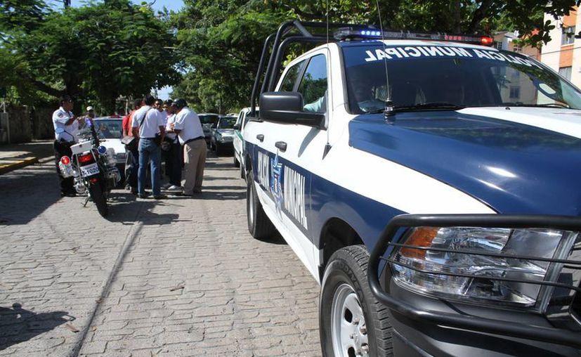 Para que los elementos policíacos pasen los cursos necesitan una calificación de más de ocho. (Eric Galindo/SIPSE)
