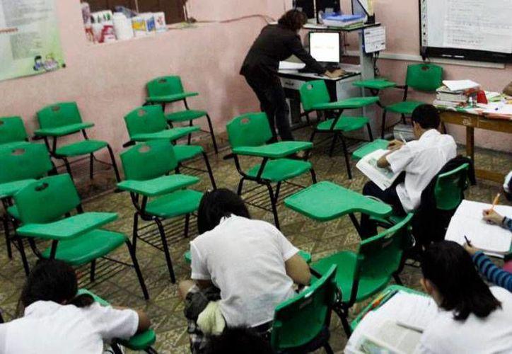 Las escuelas de Yucatán recibieron recursos de mano del Gobierno estatal. La imagen es únicamente de contexto. (Archivo/Milenio Novedades)