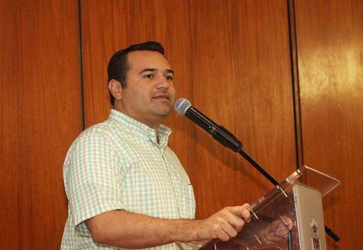 El alcalde de Mérida Renán Barrera Concha asistió a la inauguración del Tianguis Turístico en Puebla. (Archivo Sipse)