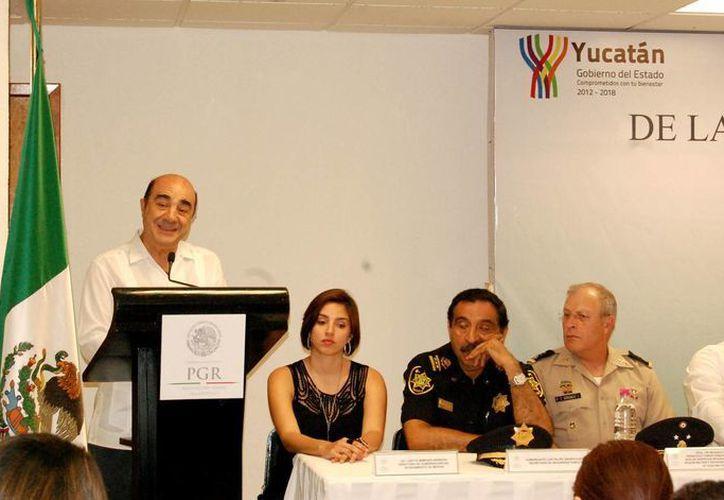 Murillo aseguró que la detención del líder de Los Zetas no es producto de pacto alguno. La imagen es de su visita a Mérida este viernes. (Wilberth Argüelles/SIPSE)