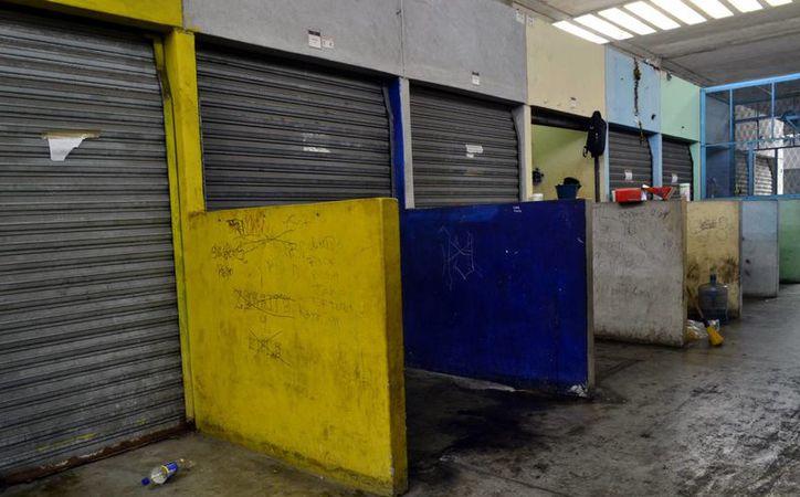 El  mercado de San Benito sigue sin registrar gran afluencia de consumidores. (Daniel Sandoval/SIPSE)