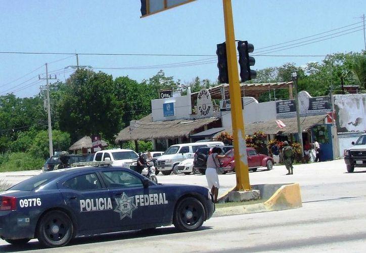 Elementos policíacos pedirán a los vacacionistas tomar precauciones a la hora de conducir. (Rossy López/SIPSE)