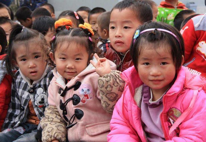 La política del 'hijo único' poco a poco se modifica debido a la vida moderna en China y a las afectaciones económicas. (biciclown.com)