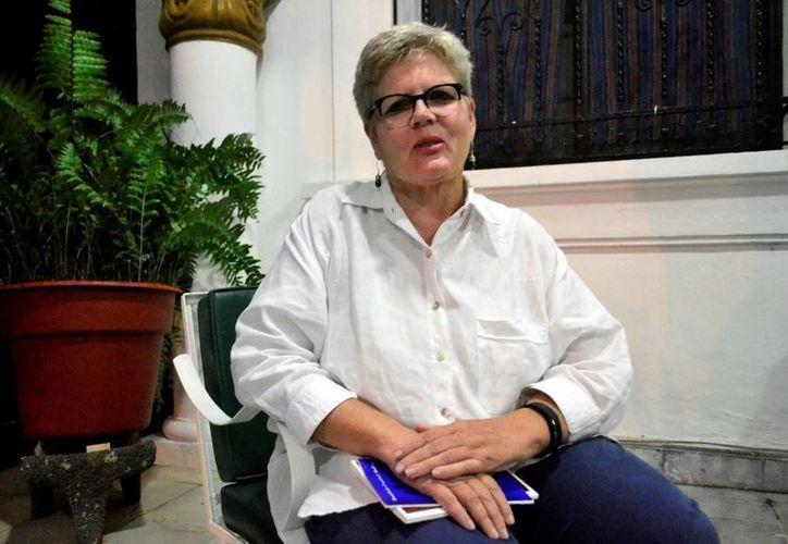 Valerie Grimsley, directora del Central College en Mérida, define al instituto  como una universidad pequeña, de mil 500 estudiantes, con la filosofía que una vida buena debe incluir tiempo fuera de EU. (Daniel Sandoval/Milenio Novedades)