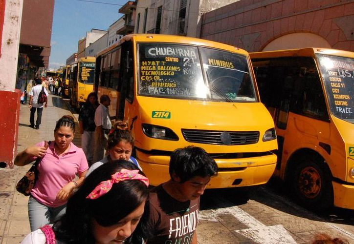 Las autoridades reconocen que es necesario mejorar las unidades de transporte. (Milenio Novedades)