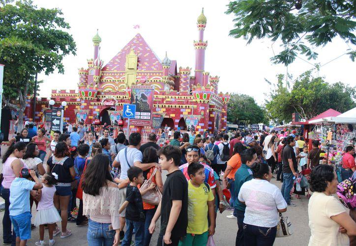 Las mejoras realizadas este año permiten que más personas visiten la Feria Yucatán. (Foto: Cortesía)