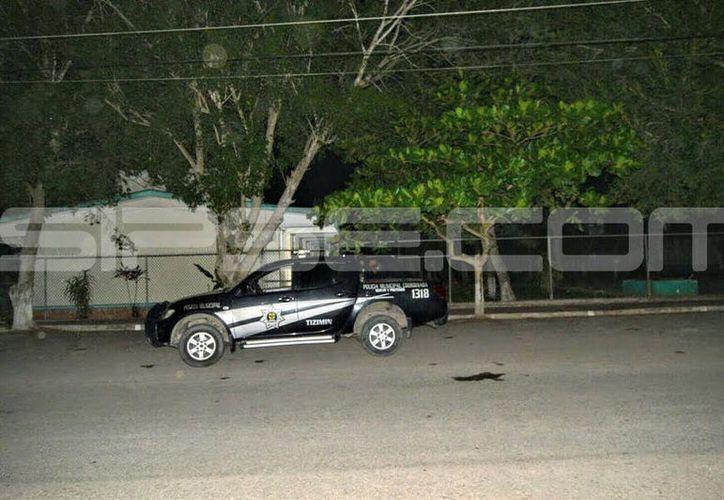 La policía detuvo a los tres presuntos ladrones. (SIPSE)