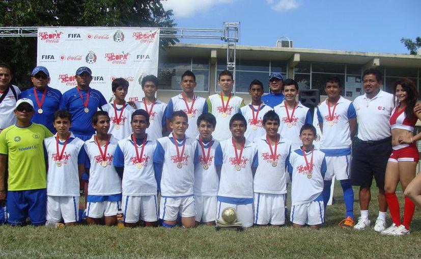 El Colegio Valladolid se proclamó campeón y se va al regional. (Redacción/SIPSE)