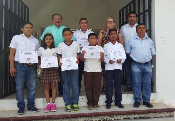 Estudiantes de comunidades mayas participan en la Olimpiada del Conocimiento Infantil. (Benjamín Pat/SIPSE)