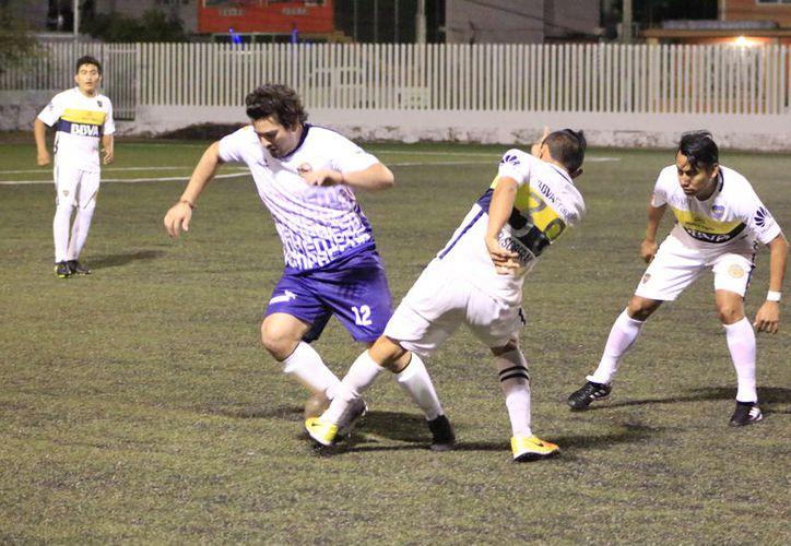 Marvin Miss y Fausto Moguel, concretaron tres goles cada quien, y Mendivi Mis logró un tanto para el triunfo de 7-2. (Miguel Maldonado/SIPSE)