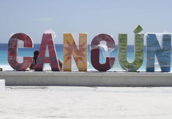 Quedó listo el Parador Fotográfico de Playa Delfines. (Sergio Orozco/SIPSE)