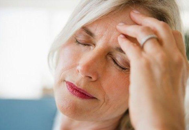 La migraña es un fuerte dolor de cabeza. (migrana.org)