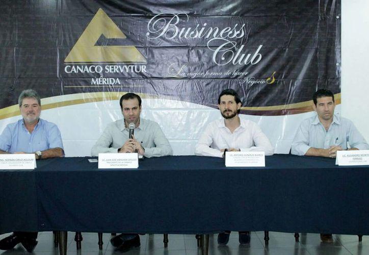 Se anunció el Canaco Business Club 2017, en Mérida. Será la quinta edición del encuentro en el que empresarios e instancias de Gobierno buscarán nuevas oportunidades de negocio. (Cortesía)