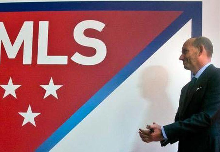 El sindicato de la MLS patentizó su solidaridad al capitán de la selección estadounidense de futbol, Michael Bradley, quien condenó la prohibición vertida por el presidente Donald Trump hacia musulmanes. (Foto de contexto tomada de cdn-s3.si.com)