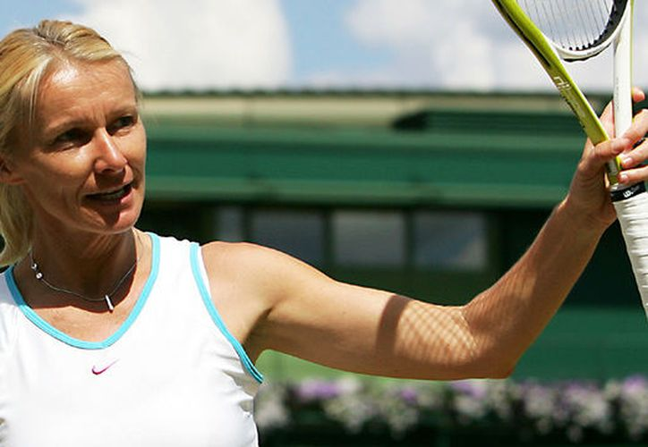 Jana Novotna logró conquistar Wimbledon tras sufrir derrotas en 1993 y 1997. (Getty Images).