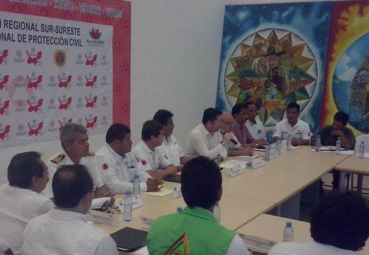 El director general de la Coordinación de Protección Civil del Estado de Quintana Roo, Luis Carlos Rodríguez Hoy, fue el encargado de inaugurar las actividades. (Redacción/SIPSE)