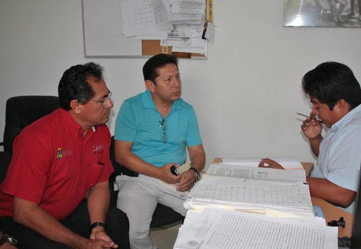 Autoridades de CAPA dan seguimiento a las denuncias por los robos. (Julián Miranda/SIPSE)