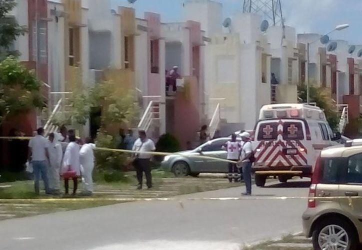 El asesinato se registró en una vivienda del fraccionamiento Ciudad Natura. (Eric Galindo/SIPSE)
