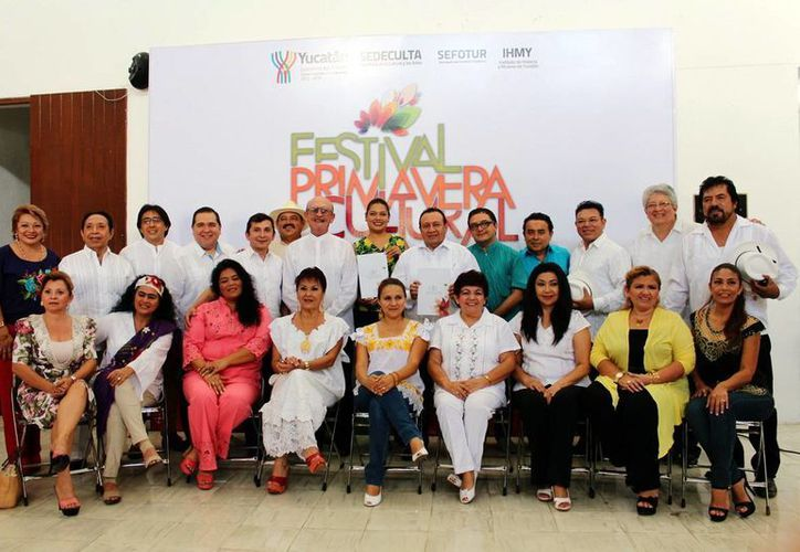 Imagen de algunos de los participantes en el Festival Primavera Cultural 2015. (Milenio Novedades)