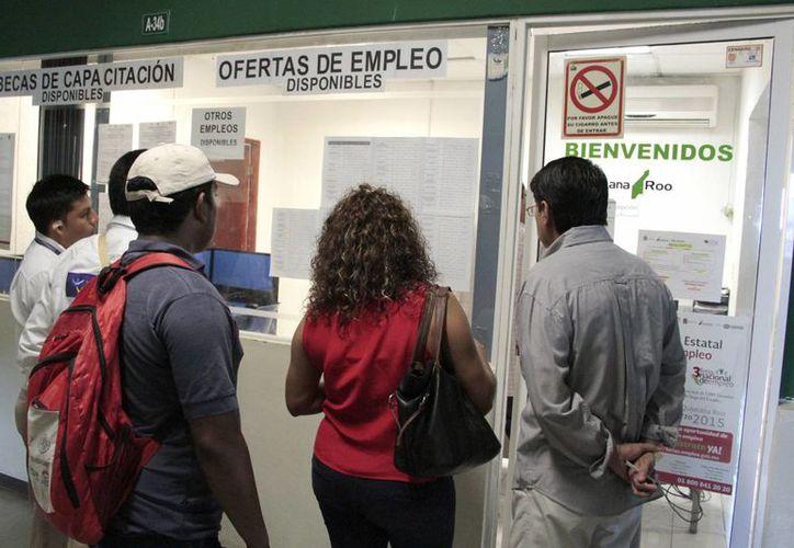 El empleado inestable cambia una o varias veces de trabajo en un período de 12 meses. (Tomás Álvarez/SIPSE)