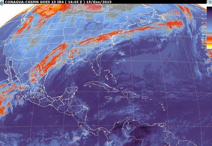 Soplarán vientos del este y sureste de 30 a 50 km/h con oleaje de 1 a  2 metros de altura en la zona costera. (smn.cna.gob.mx)