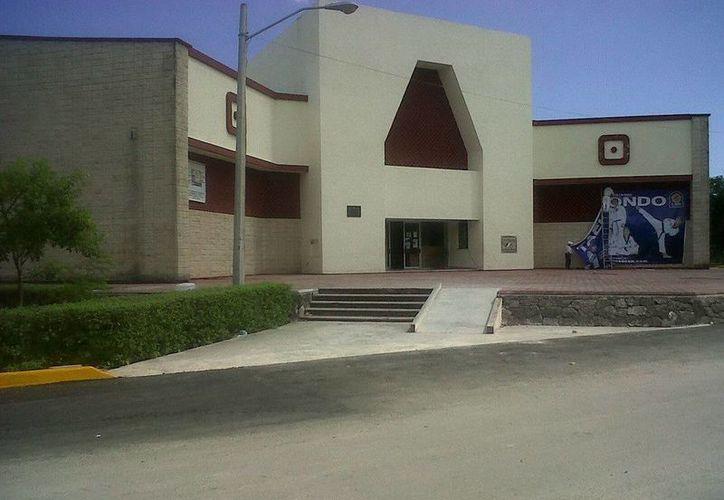 Los hechos se suscitaron en el estacionamiento del gimnasio Kuchil Baxal, en la Supermanzana 21. (Contexto/Internet)