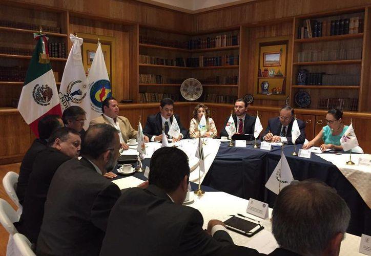 Presidentes de organismos defensores de los derechos humanos en México, se reunieron para compartir sus logros. (Ángel Castilla/SIPSE)