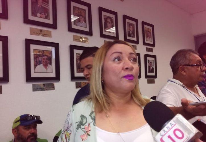 La regidora Erika Castillo Acosta fue entrevistada en el marco de la instalación del Comité Operativo Especializado en Fenómenos Hidrometeorológicos. (Verónica Fajardo/SIPSE)