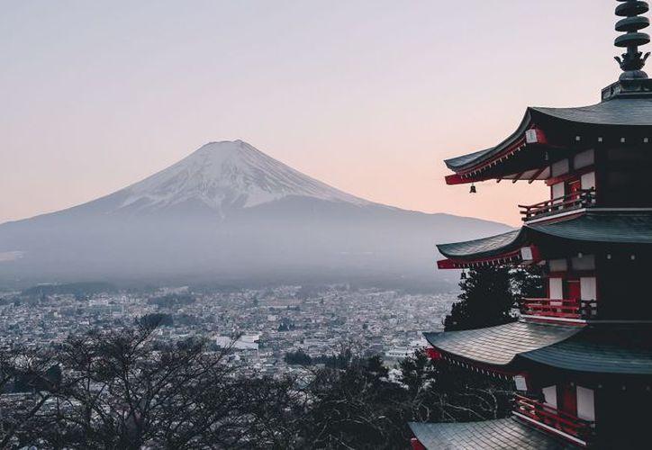 Este año Japón comenzó a cobrar un impuesto a turistas que abandonan el país. (Forbes)