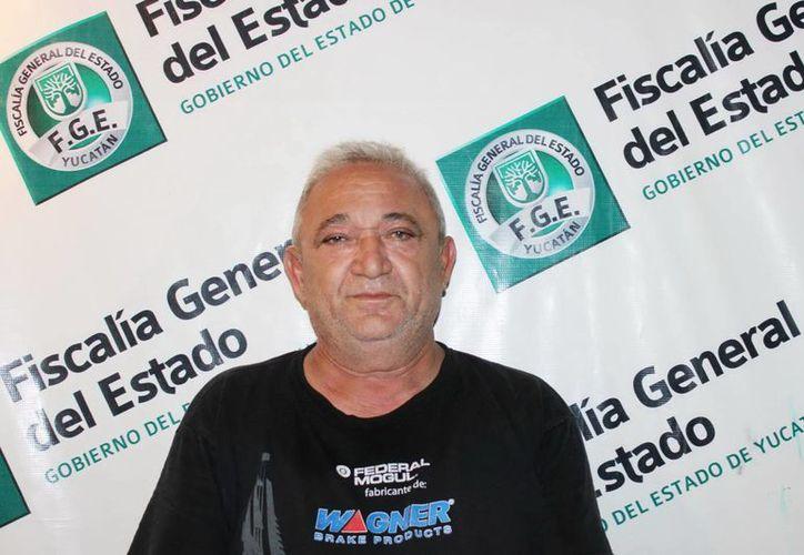 Henry Javier Rivero Mézquita, ahora detenido, nunca le entregó a Roberto Poot Calderón ni el dinero, ni el automóvil Cavalier. (Milenio Novedades)
