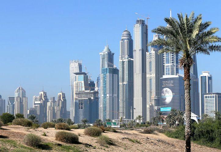 En Dubái ya hay grandes complejos urbanos que tienen miles de comercios y centros de actividades, todo dentro de un ambiente climatizado. (Reuters)