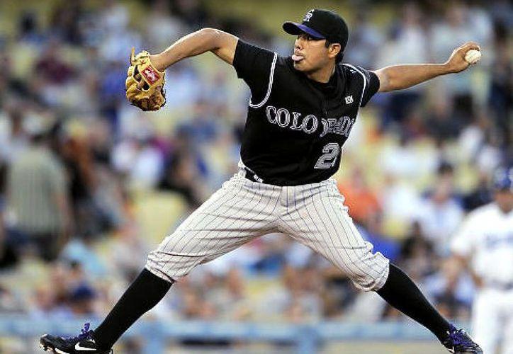 El pitcher mexicano Jorge de la Rosa es tan importante para Rockies como sus mejores bateadores. (nydailynews.com)