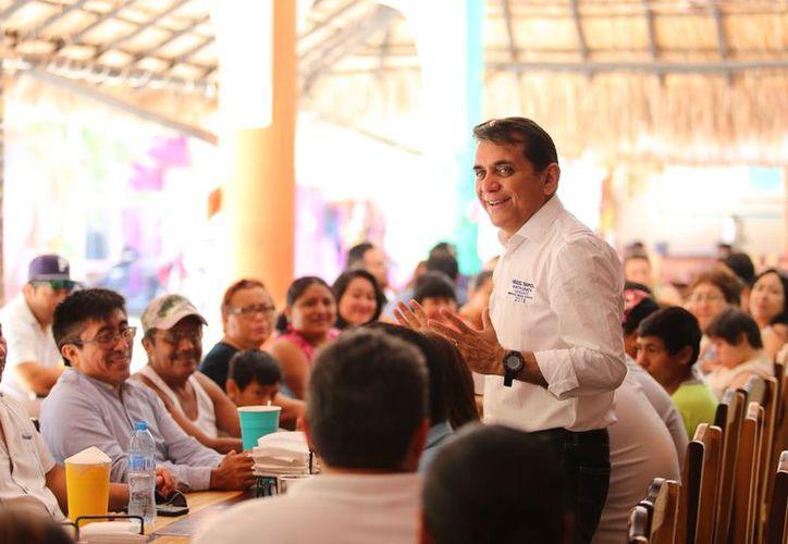 Miguel Ramón Martín Azueta afirmó que desde el Congreso de la Unión, gestionará recursos para beneficiar a los ciudadanos. (Redacción/SIPSE)