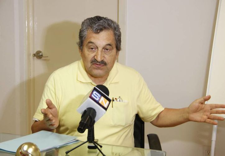 Luis Roberto Arce Lara, integrante del Comité de Reactivación del Centro de la Ciudad. (Tomás Álvarez/SIPSE)