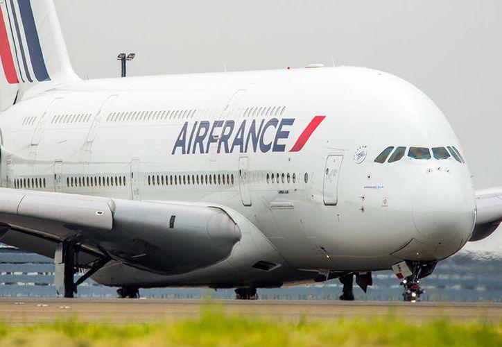 Los asientos están divididos en 14 para la clase de negocios, 32 en premiun económica y 422 para la económica. (AirFrance.com)