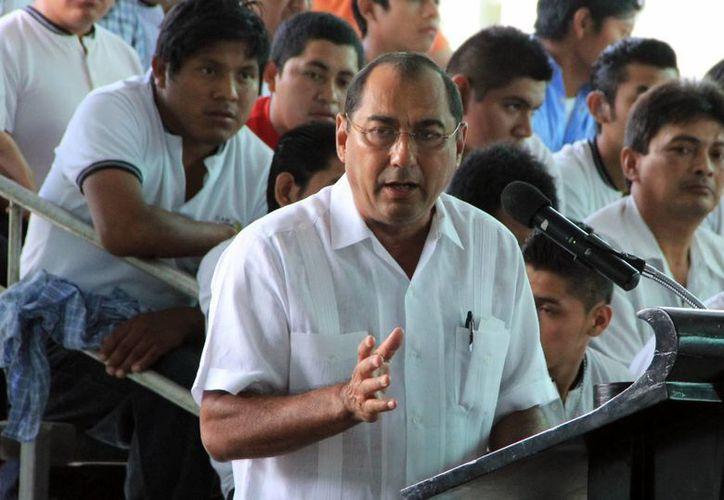 El secretario de Educación del Estado, Raúl Godoy Montañez. (José Acosta/SIPSE)