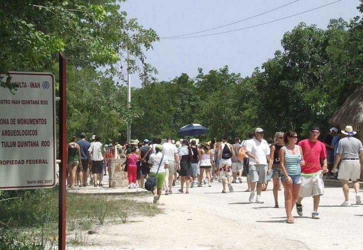 Desde ayer fue puesto en marcha el Sistema de Localización de Turistas en Tulum.  (Rossy López/SIPSE)