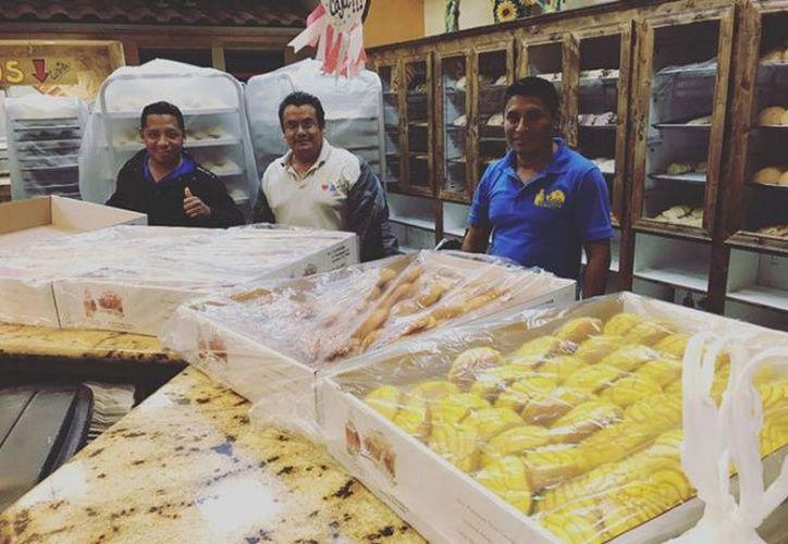 Fueron dos días que permanecieron dentro de 'El Bolillo' y decidieron hacer una noble causa, horneando pan para todos. (Foto: Excélsior).