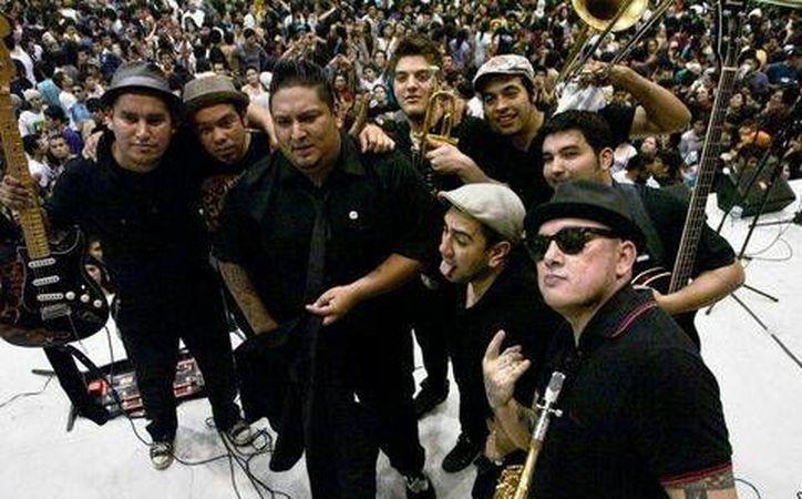 La banda compartirá escenario con grandes agrupaciones de México y otros lados del mundo, el próximo sábado 22 de octubre.(Foto tomada de Facebook/Inspector)
