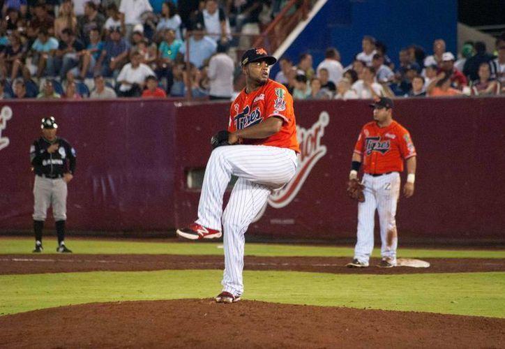 El lanzador diestro jugó en la sucursal Triple A. (Redacción/SIPSE)