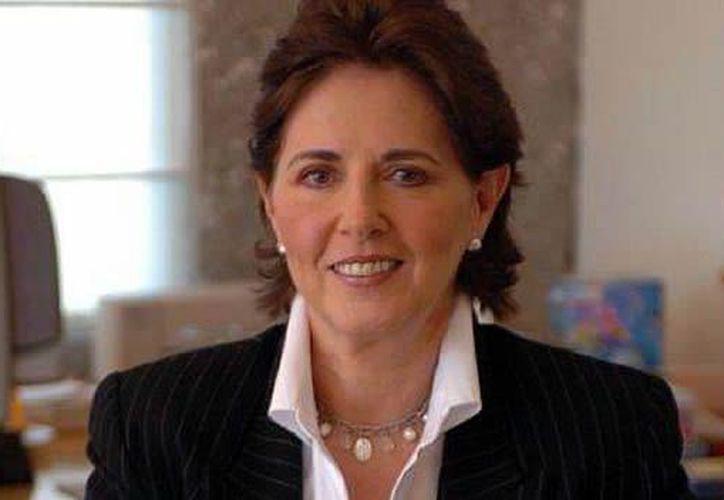 María Cristina García Cepeda, quien estará al frente del INBA, formaba parte del equipo de transición de Peña Nieto. (www.cnnmexico.com)