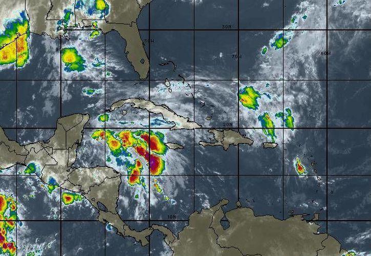 La probabilidad de lluvias en Cancún es del 80 por ciento. (Intellicast)