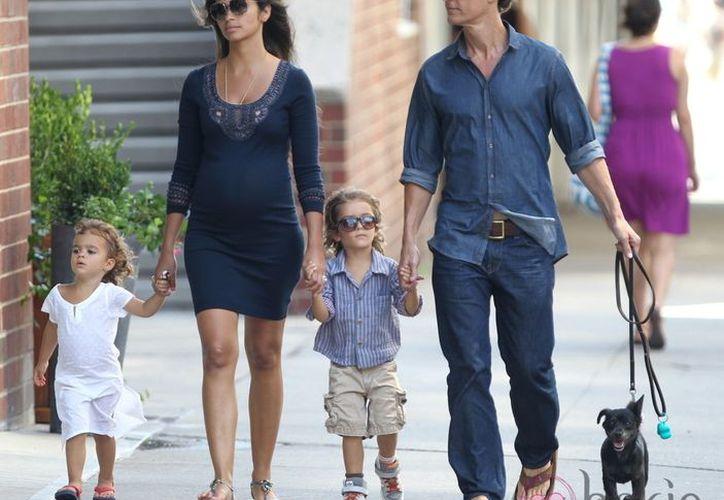 El actor y la modelo se convirtieron en padres de su tercer hijo (bekia.es)