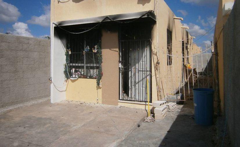 Los habitantes de Ciudad Caucel son víctimas de esa agresiva banda de ladrones pirómanos. (Daniel Martínez/SIPSE)