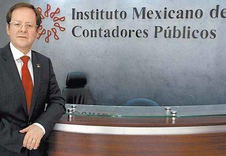 El presidente del IMCP, Leobardo Brizuela, es un contador especializado en auditoria en la firma Crowe Horwarth Glosser. (Octavio Hoyos/Milenio)