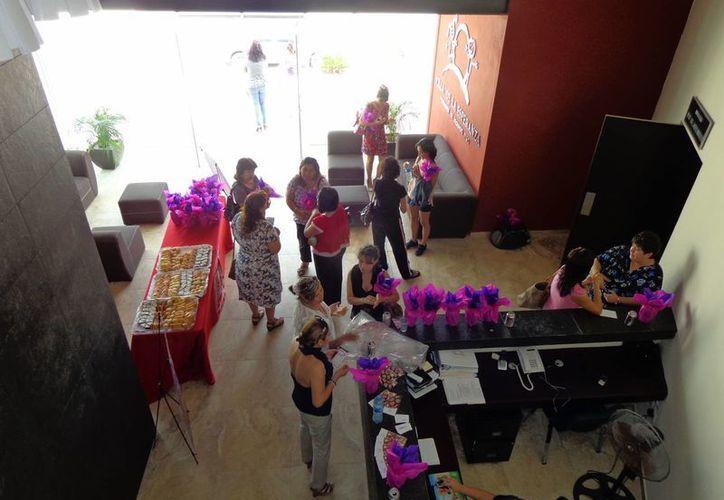 Aspecto del evento de la UVM Campus Mérida en el auditorio de Fundación Villa de la Esperanza. (Cortesía)