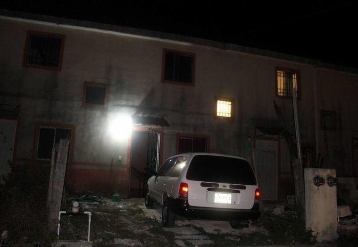 El incendio tuvo lugar en el domicilio ubicado sobre calle Gota del fraccionamiento Tierra Maya en la supermanzana 105. (Redacción/SIPSE)