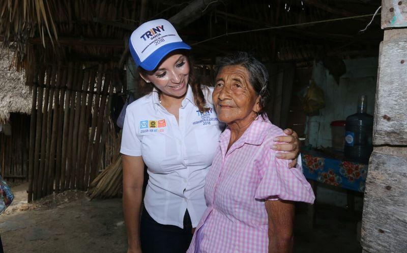 Trini aseguró seguirá trabajando desde la presidencia municipal para continuar gestionando apoyos a favor de los habitantes de Lázaro Cárdenas. (Foto: Redacción/SIPSE).