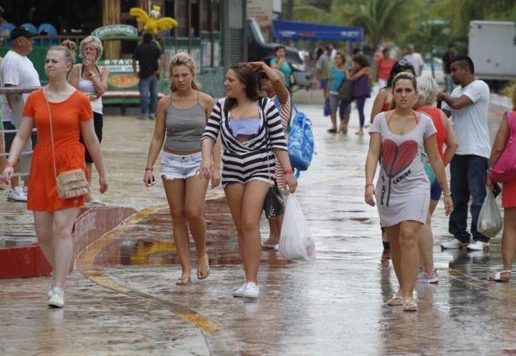 Promueven que los turistas asistan a las representaciones de los hoteles de Cancún y Riviera Maya. (Redacción/SIPSE)