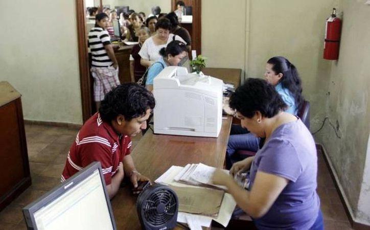 Diputados aprobaron que las actas de nacimiento sean puestas a mitad de precio durante el mes de enero. Imagen del Registro Civil. (Milenio Novedades)